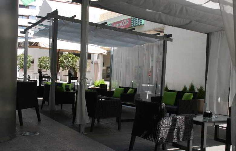 Sercotel Malaga - Terrace - 7