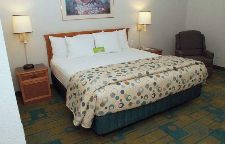 La Quinta Inn & Suites Orlando UCF - Room - 5