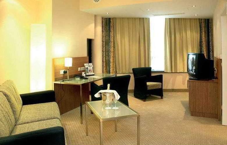 Best Western Hotel International - Hotel - 3