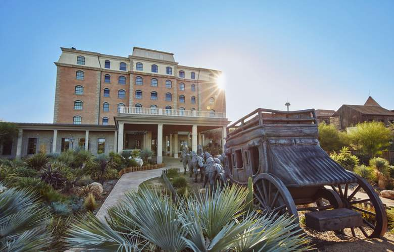 Gold River - Hotel - 0