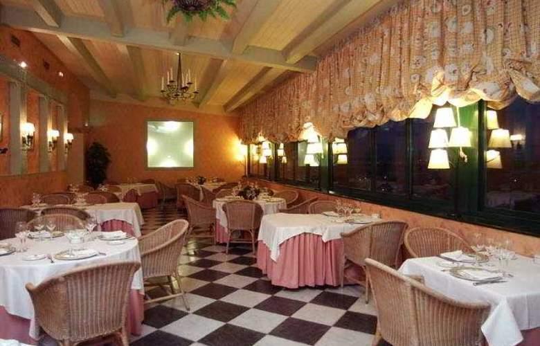 La Vega - Restaurant - 2