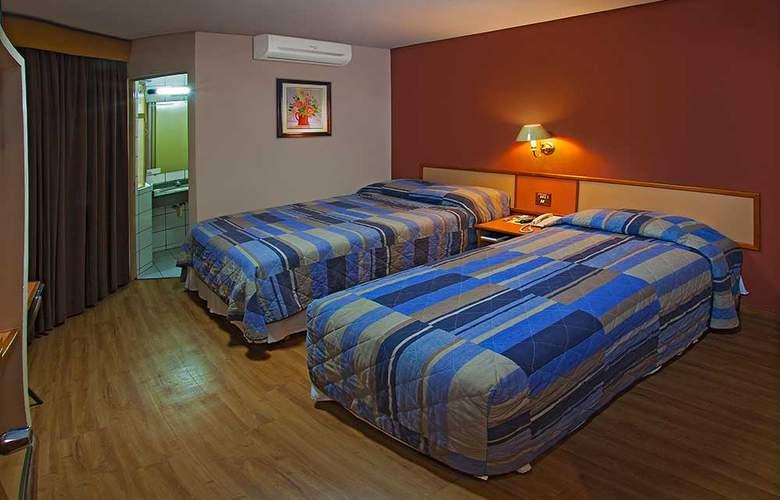 Lira - Room - 2