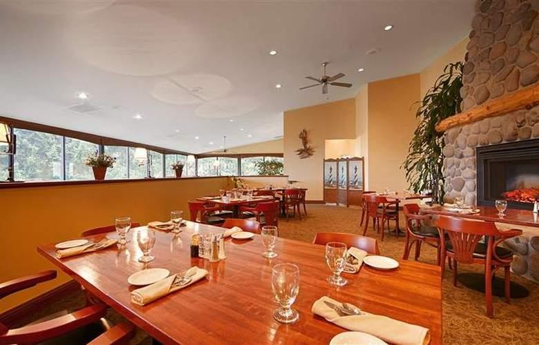 Best Western Plus Agate Beach Inn - Restaurant - 101