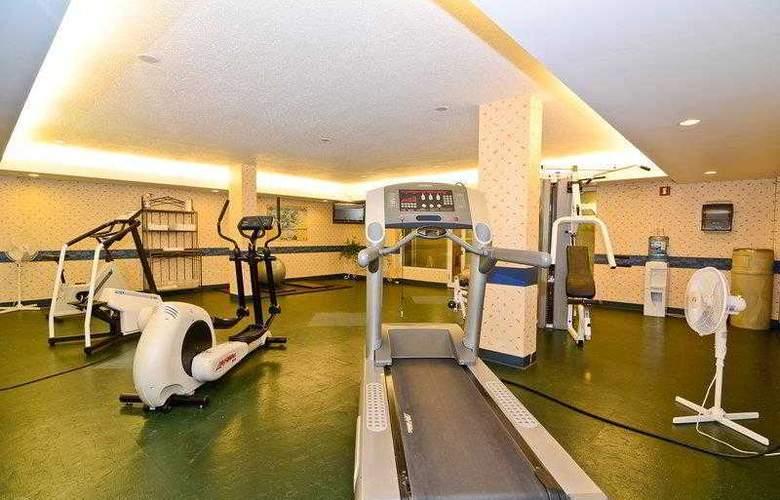 Best Western Plus Pocaterra Inn - Hotel - 9