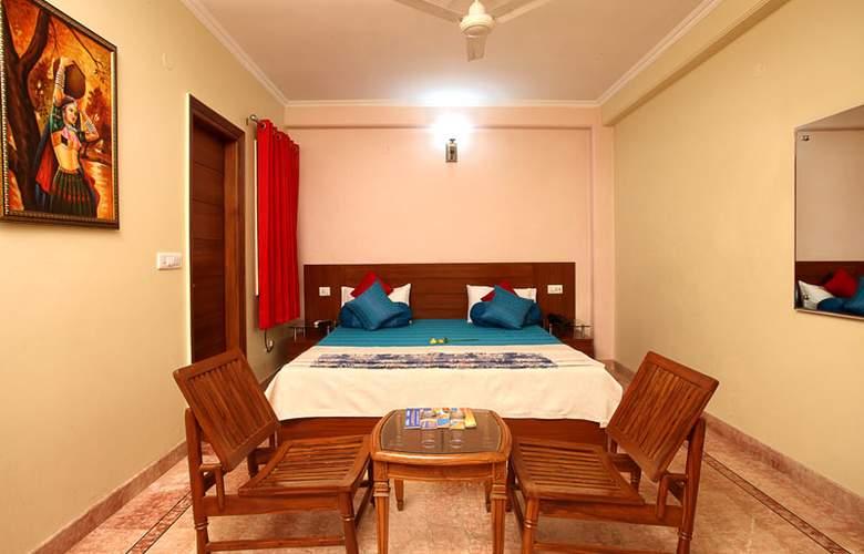 Indira International Inn - Room - 1