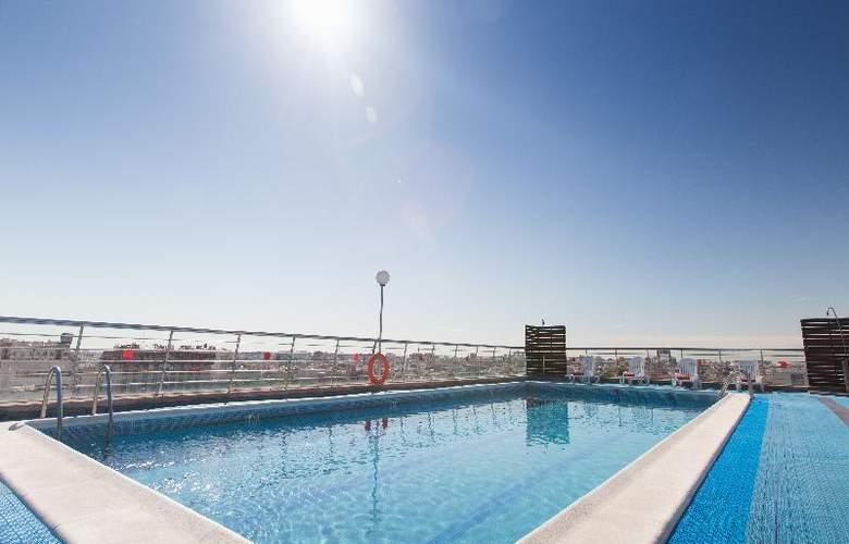 Expo Valencia - Pool - 40
