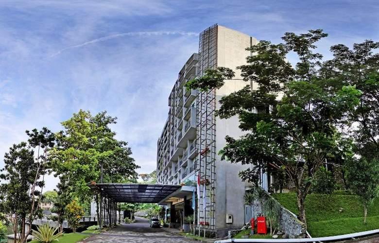 Oaktree Emerald Semarang - Hotel - 8