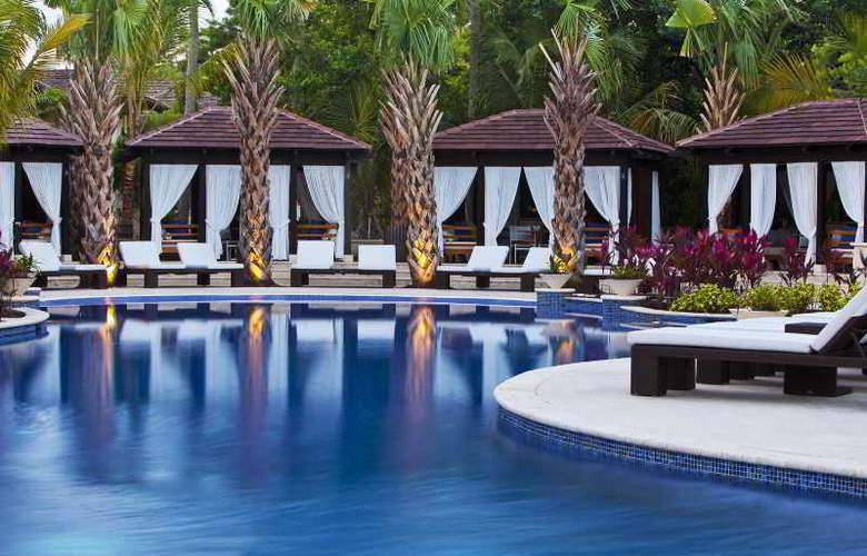 St. Regis Bahia Beach Resort - Pool - 15