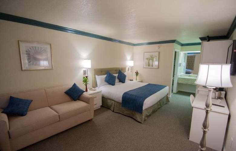 Quality Inn Maingate West - Room - 1