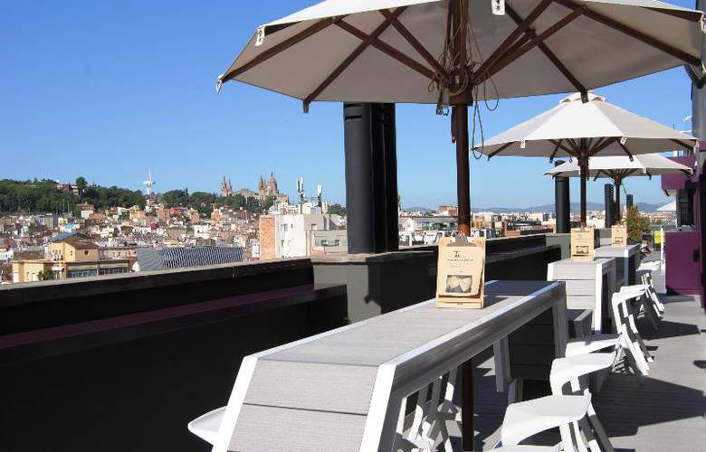 Barcelona Universal - Terrace - 98