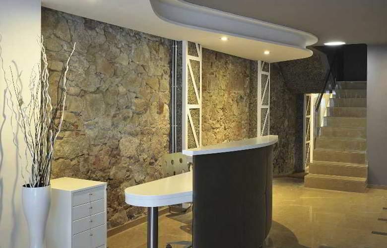 Aramunt Apartments - General - 1