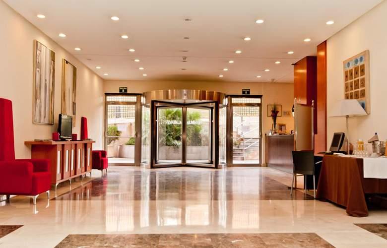 Exe Gran Hotel Almenar - Hotel - 0
