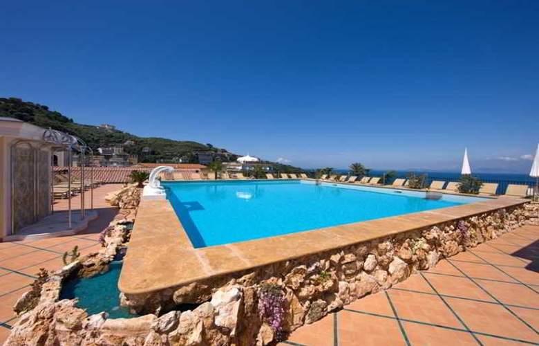 Grand Hotel la Favorita - Pool - 27