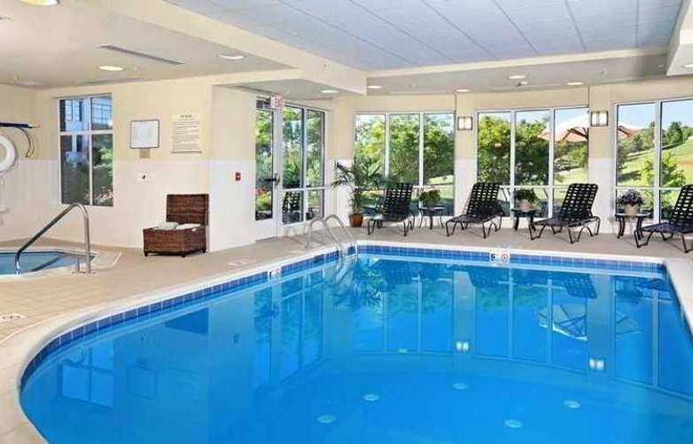 Hilton Garden Inn Charlottesville - Hotel - 4