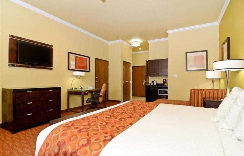 Best Western Plus Christopher Inn & Suites - Hotel - 89