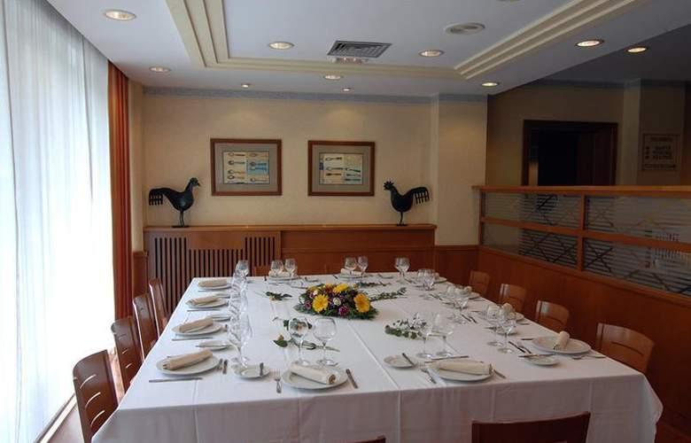 Best Western Premier Dante - Restaurant - 17