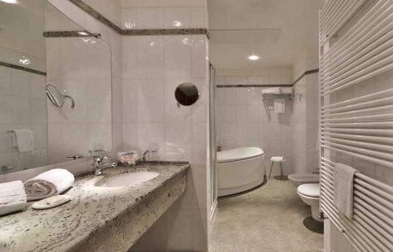 Best Western Globus City - Hotel - 24