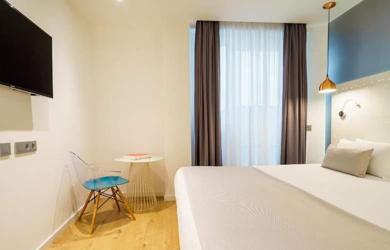 The Walt Madrid - Room - 11