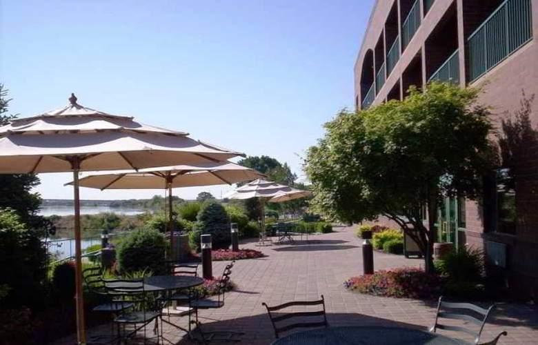 Hampton Inn Richland Tri-Cities - Terrace - 1
