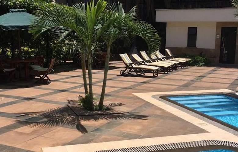 Jacaranda - Pool - 11