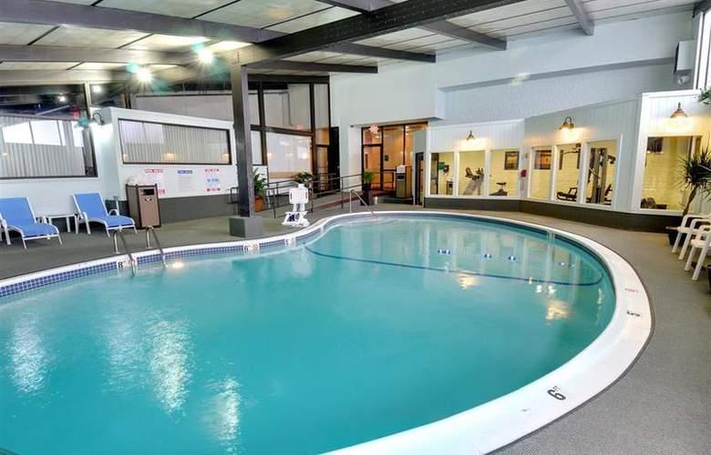 Best Western TLC Hotel - Pool - 78