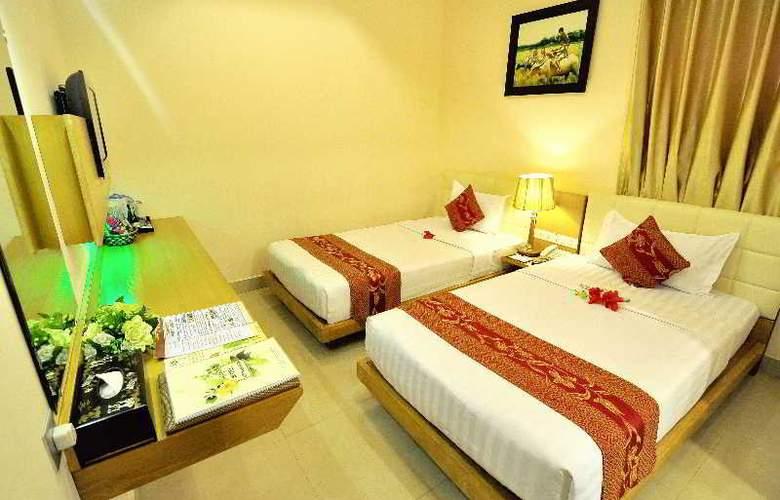 Queen Ann Hotel - Room - 2