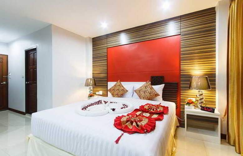 Patong Max Value Hotel - Room - 9