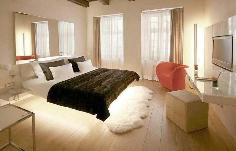 Three Storks Hotel - Room - 4