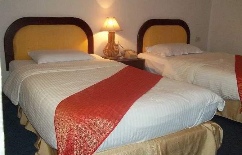 Asian Pavilion Hotel - Room - 0