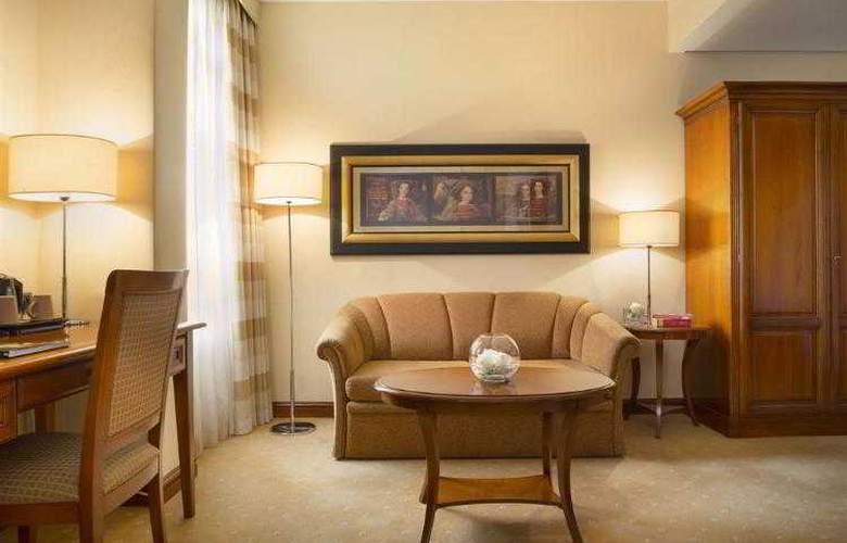 Best Western Premier Astoria - Hotel - 84