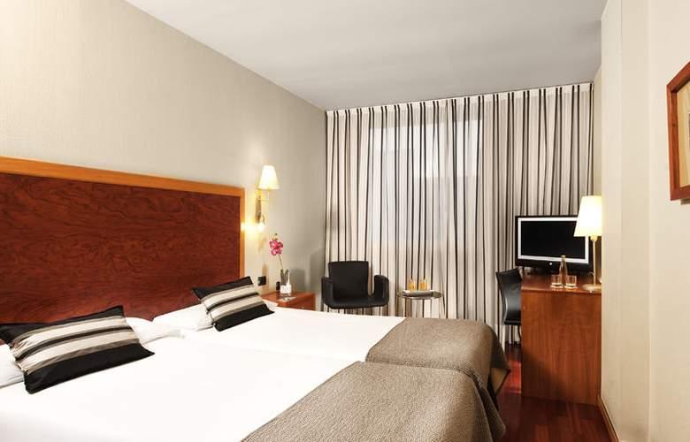 Eurostars Plaza Delicias - Room - 6
