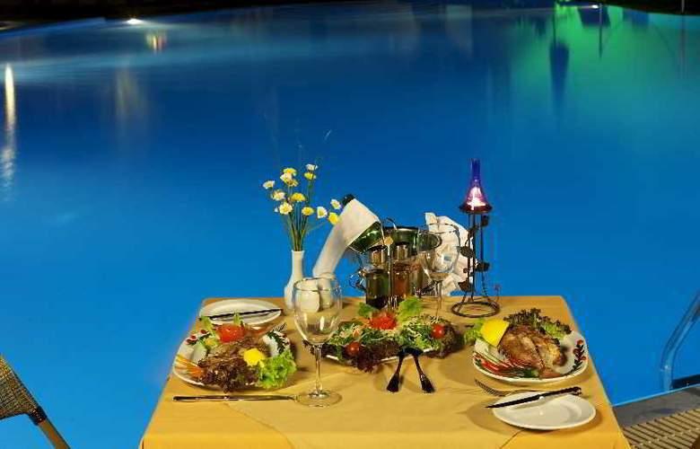 Asteras Paradise - Pool - 19