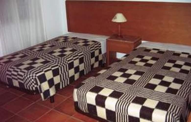 Clube Da Meia Praia - Hotel - 2