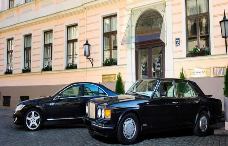 Grand Palace - Hotel - 3