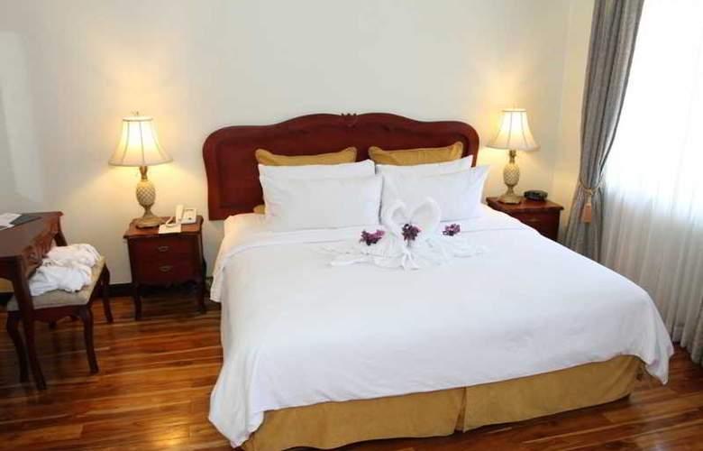 Hotel & Suites Casa Conde - Room - 5