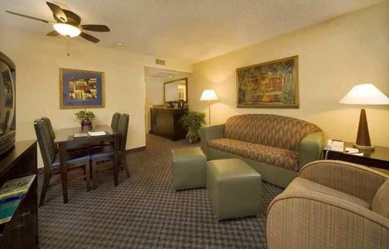 Embassy Suites Miami International Airport - Hotel - 8