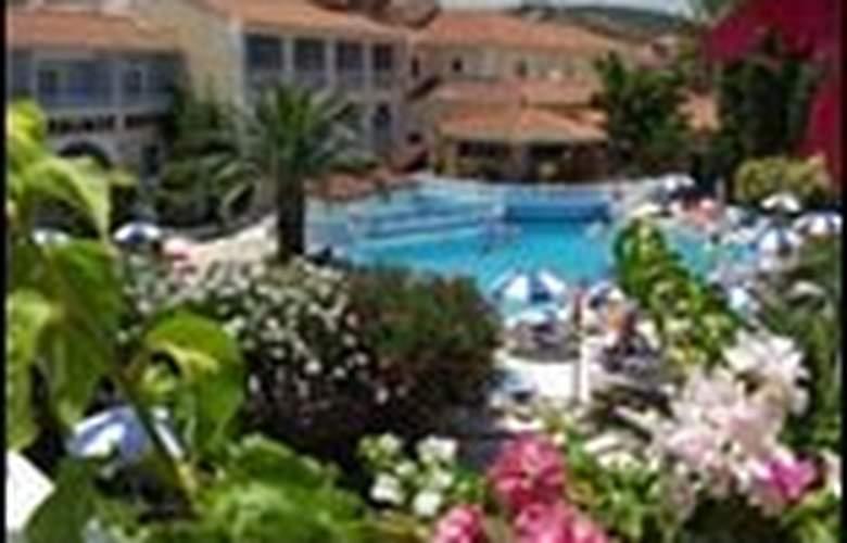 Diana Palace - Hotel - 0