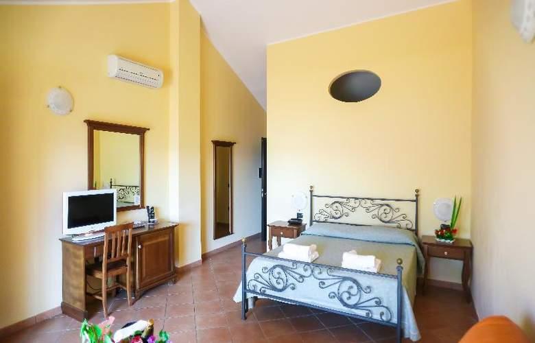 Lido San Giuseppe - Room - 0