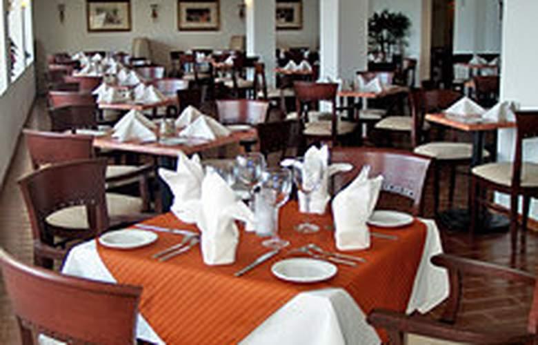 Holiday Inn Cancun Arenas - Restaurant - 3