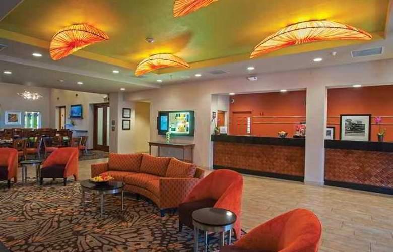Hampton Inn Tropicana - Hotel - 8