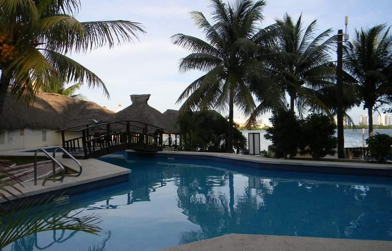 Beach House Imperial Laguna - Pool - 19
