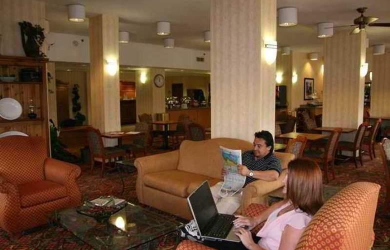 Hampton Inn Dallas-Irving-Las Colinas - Hotel - 5