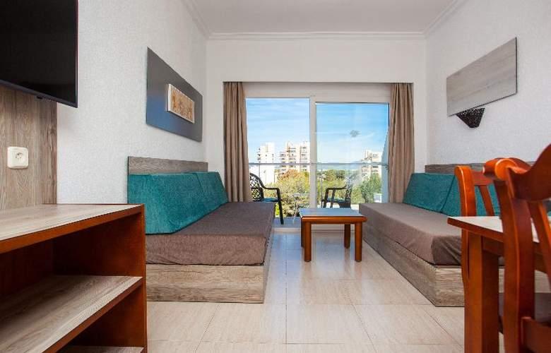 Apartamentos Benhur - Room - 13