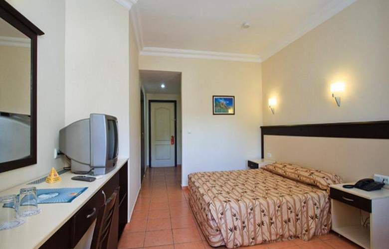 Helios Hotel - Room - 10