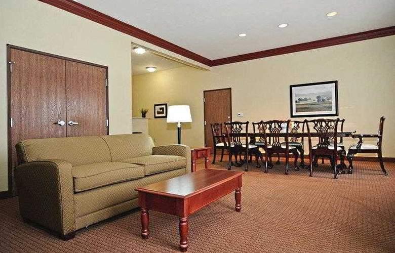 Best Western Butterfield Inn - Hotel - 1