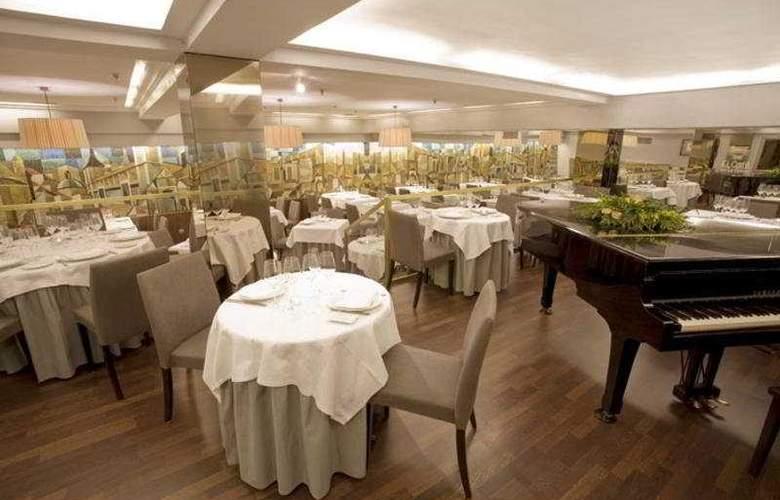 Opera - Restaurant - 5