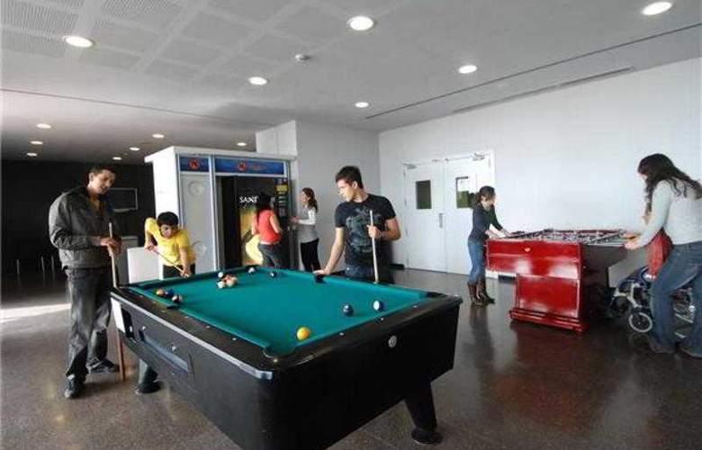 Ágora Residencia Universitaria Internacional - Sport - 4