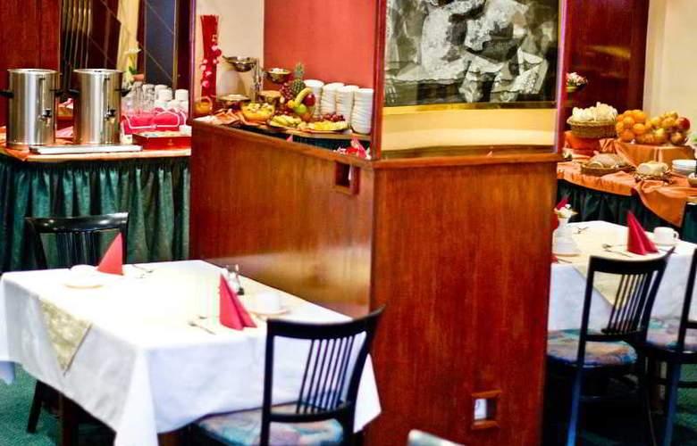 Harmony - Restaurant - 4
