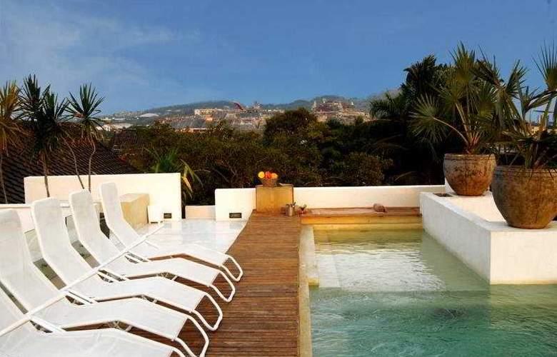 Casa Lola Luxury Collection - Pool - 3