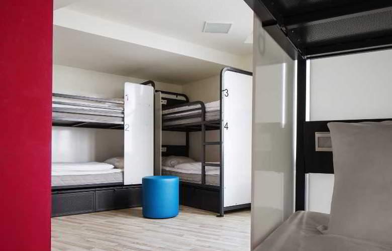 Generator Hostels Hamburg - Room - 0